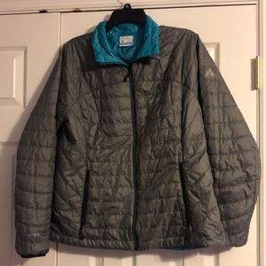 Eddie Bauer Fitted Reversible Puffer Jacket